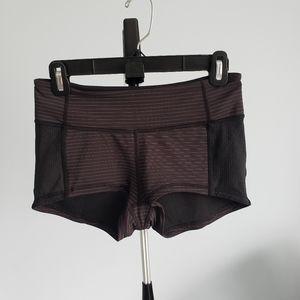 Lululemon black shorts sz 4